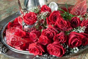 00904-Red Roses on the Tray