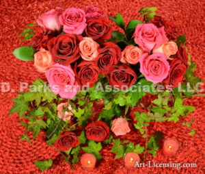 5007-Christmas Red Roses and Candles