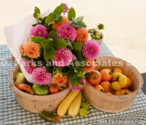 9652-Dahlia Bouquet and Tmatos-Chillis