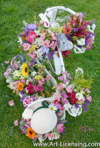 8694S-Summer Flower Basket Strawhat and Bicycle