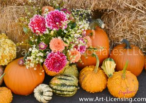 2250S-Dahlia Bouquet and Pumpkins