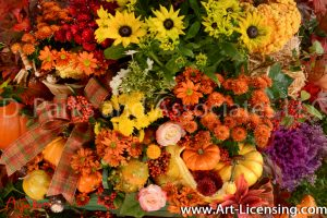 3255S-Cabbage Flower-Mums-Nanfdina domestica berries-Maple Leaves-Autumn setting