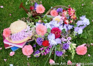 7778-Roses-Campannula-lris-Foxglove-Coral Bells-Straw Hat